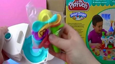 Play Doh 培乐多 彩泥 套装 Eiscafé 冰激凌 甜点 奶昔 小店 玩具组 开箱 展示