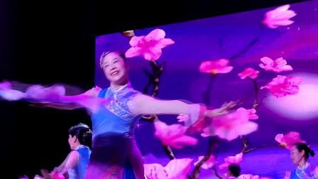 《风雅情深》(那大镇先锋社区舞蹈队190926)_多来米影音