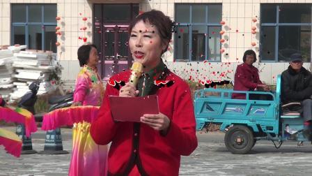 广场舞 东方红(丹东市三下乡志愿服务团赴钟家堡村演出)