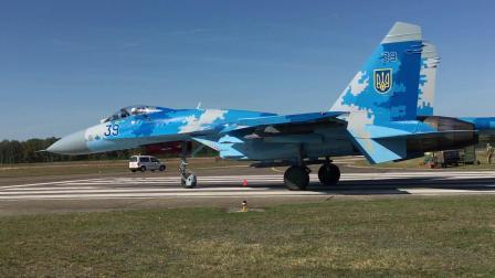 比利时圣尼科航展乌克兰空军Su-27战机尾流吹倒地面工作人员