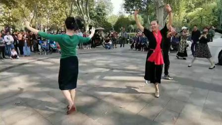 峭峰视频中山 阿桂和秀群十日十九日共舞