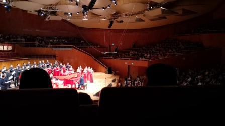 《长城谣》 赖广益编合唱  演唱:广州市合唱协会珠江合唱团    指挥、钢琴:赖元葵   摄像:赛麻师