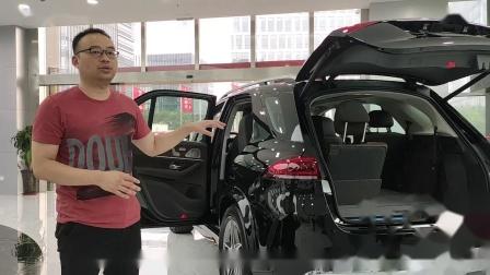 20款奔驰GLE350现车配置参数解析 性能卓越身姿优雅