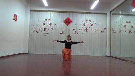 舞蹈 七朵莲花 习舞 月亮