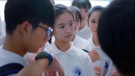 【搜狐视频娱乐播报】华鼎奖公布百强电视剧榜单《小欢喜》登榜首,老酒馆位列第二