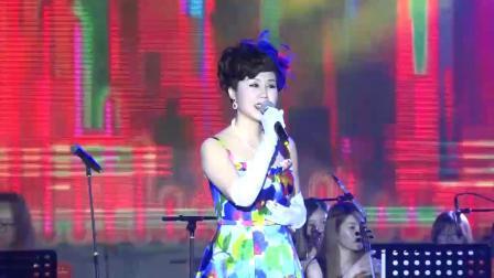 江南邓丽君陆纯芳演唱《天涯歌女》《四季歌》
