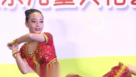 """上海豆乐儿童学习中心2019艺术展示印度舞""""一起跳舞吧"""""""