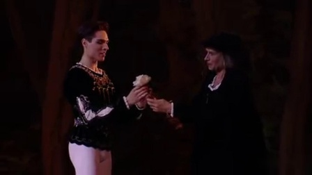 周末的狂欢,马林斯基剧院《天鹅湖》之波罗乃兹舞曲