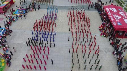 陇南市举办首届八县一区我爱旗袍中国行陇南站千人秀,个人、团体展示比赛活动  梁新勇  摄制
