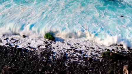 f138 蔚蓝大海海水海浪白色浪花冲刷海岸岩石神奇大自然实拍视频素材
