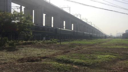 沪昆线 T382次通过杭州枢纽盈宁站