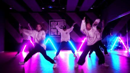 郑州哪有街舞教练培训班?哪个街舞培训机构专业?皇后舞蹈superman