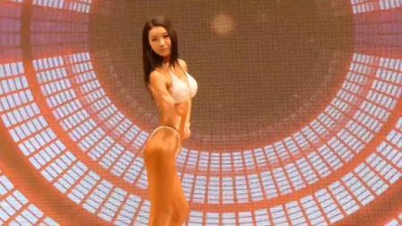 2019韩国女子健美比赛,个人自由动作展示,有模特的身材但没脸蛋
