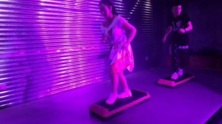 567GO健身教练培训学校广州校区踏板课程