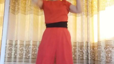 爱爱广场舞学弹跳😊