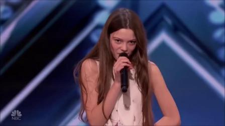 13岁的小歌手 嗓门堪比超级明星