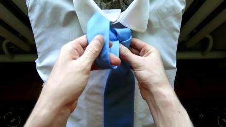 打时尚领带结的方法