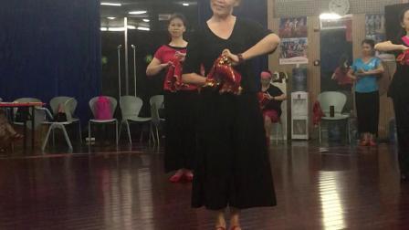 东北秧歌舞《爷爷奶奶和我们》学习中……2019.11.3