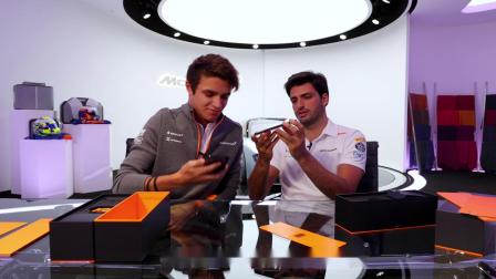F1 赛车手开箱 OnePlus 7T Pro 迈凯伦限定版