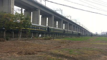 沪昆线 K740次通过杭州枢纽盈宁站