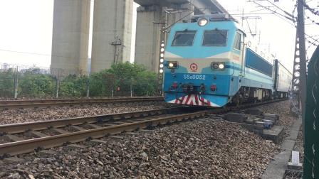 沪昆线 K1374次通过杭州枢纽盈宁站