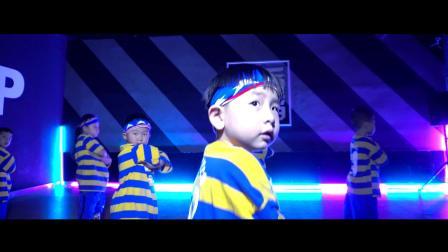 郑州幼儿街舞培训班 皇后舞蹈儿童街舞学校视频《outta your mind》