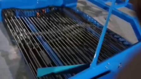 红薯收获机地瓜收获机土豆收获机起红薯机铲土豆机铲红薯机起地瓜机地瓜丰收机甘薯收获机起甘薯地瓜红薯机