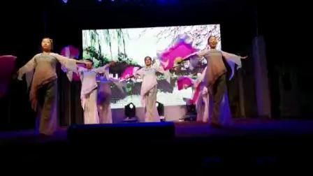 出岸舞蹈队《广场舞》荞麦花