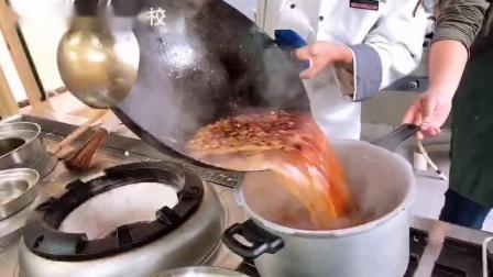 万州长城烹饪学校-厨师专业学员-重庆小面培训