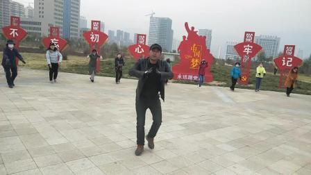 西宁马老师学跳新编班玛锅庄