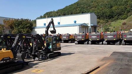 客户去沃尔沃挖掘机在南韩