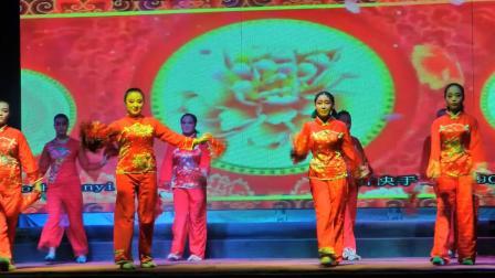 浙江沁芳越剧团《歌舞、清唱、杂技》