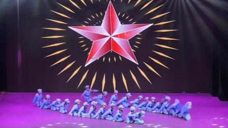 靖宇县明德小学第十一届艺术节 舞蹈《红星闪闪》