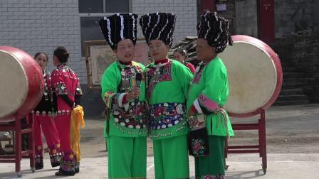 凤凰县苗学会鼓舞队赴禾库镇九龙沟休闲度假村文化交流活动