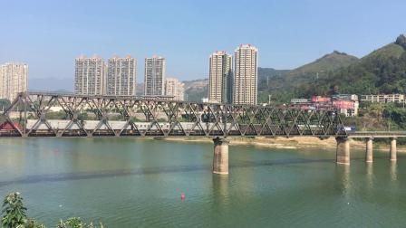 外南线 著名的南局通勤货物列车40055次通过南平闽江特大桥
