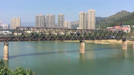 外南线 87051次通过南平闽江特大桥继而通过南平南6道 去杨担子方向!