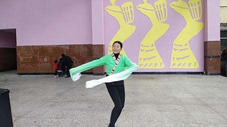 金阳县老顽童吉子莫衣则舞蹈吉祥