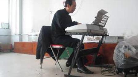 吴全喜老师作曲,钟国俊演唱《天尽头》(无间奏)