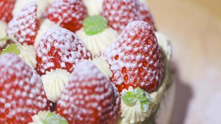02 草莓芝士蛋糕