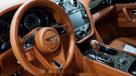 来自汽车界的奢侈品 19款宾利添越最新现车高清实拍 霸气颜值谁与争锋