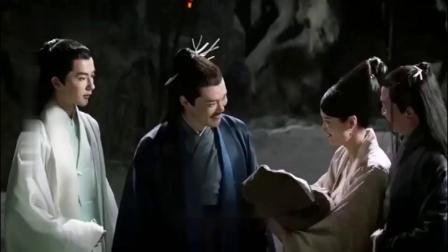 三生三世:小凤九出生,不料她爹第一个担心就是:不会像白浅吧