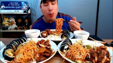 韩国大胃王胖哥来吃播了,吃炸猪排,意大利面和紫菜饭卷等