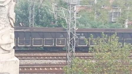 HXD1C0837-货列接近新余市劳动路立交桥