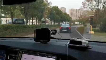 特斯拉无人驾驶汽车