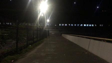 沪昆绕行线 K1238次通过钱塘江大桥