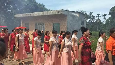 海南省海口市龙华区龙泉镇美万村外嫁女回家集会