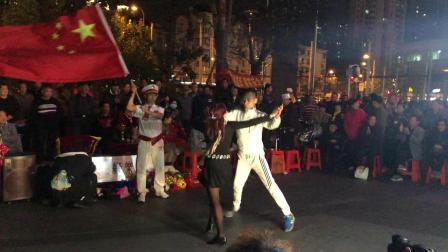广场舞中国上海丰舞特级教练《赵银-金兰组合》黄浦康乐缘演艺社,我们这一代知青之家义演纪念。