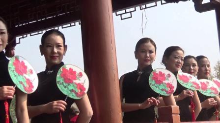 麻阳旗袍协会 秀美长河公园(配乐)_20191109