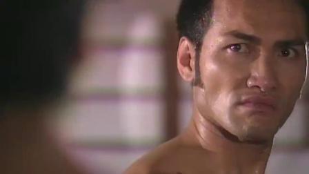 精武门:陈真跟日本武士动手,结果占了下风,还被侮辱