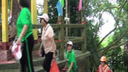 东成魅影:儋州市新州镇新英周网村姐妹聚会东山嶺旅游活动,2019年十月十一日。